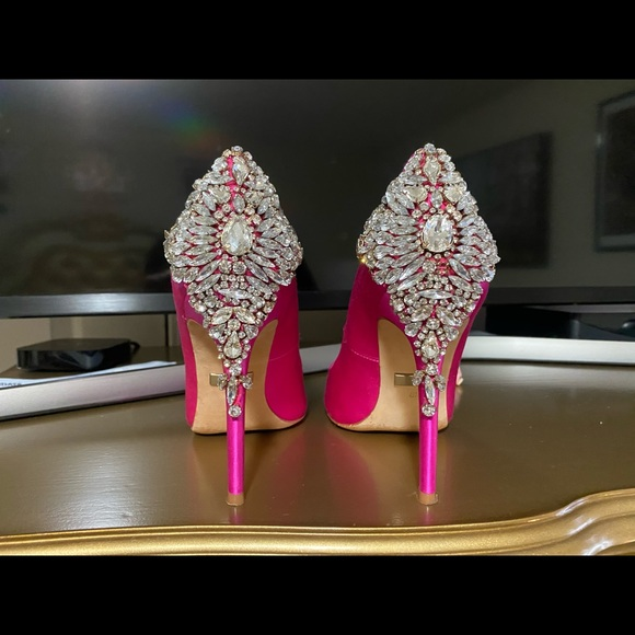 badgley mischka hot pink shoes